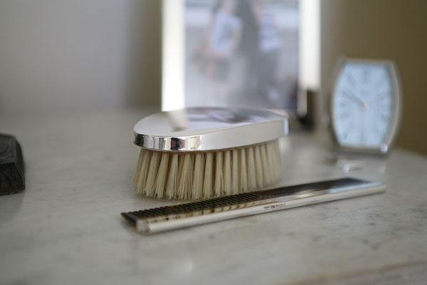 Merawat Rambut Tak Perlu ke Salon Kok!, sisir-rambut ,Merawat Rambut Tak Perlu ke Salon Kok!